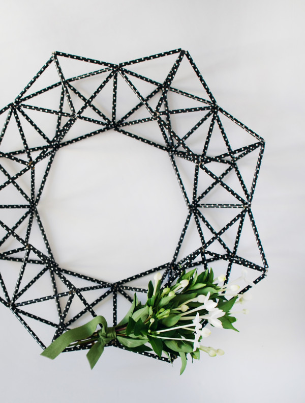 himmeli wreath tutorial by Lisa Tilse for SCOUT magazine