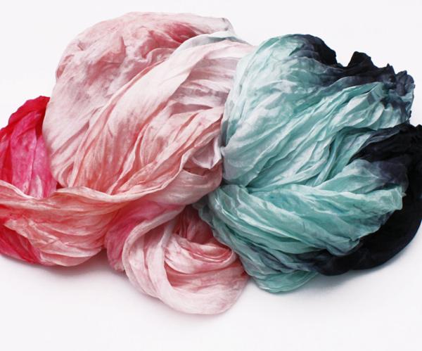 VALEZHKI scarf 5 via the red thread