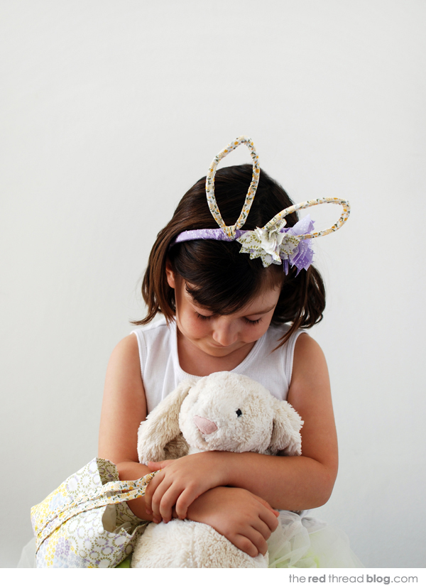 the red thread Easter bunny costume tutorial